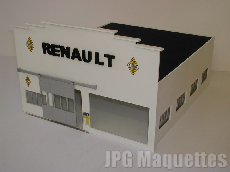 Garage hall d 39 exposition toiture plate encastr e renault for Renault service garage